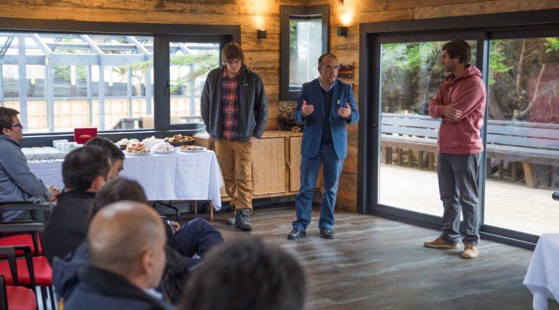 Fundación Punta de Lobos realíza encuentro con pescadores de Juan Fernández