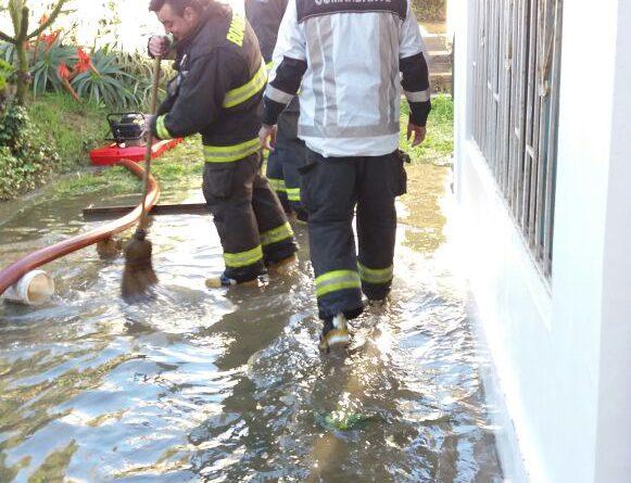 Arduo trabajo tuvo bomberos debido al temporal