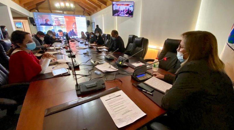 Histórica inversión de $21.000 millones para alcantarillado de Pichilemu y casetas sanitarias en Litueche es aprobada por el CORE en la Comisión Social